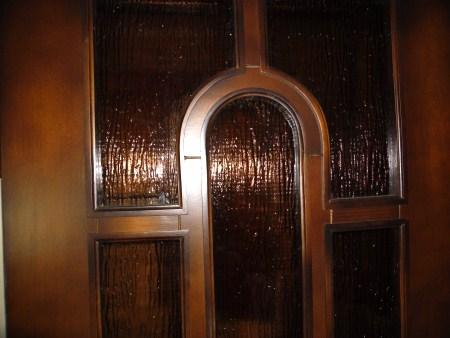 стеклим двери