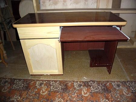 столик из ламината