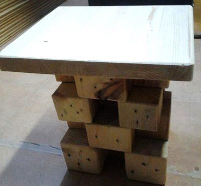 Ножка столика из кубиков